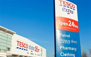 TESCO_superstore_2429536b